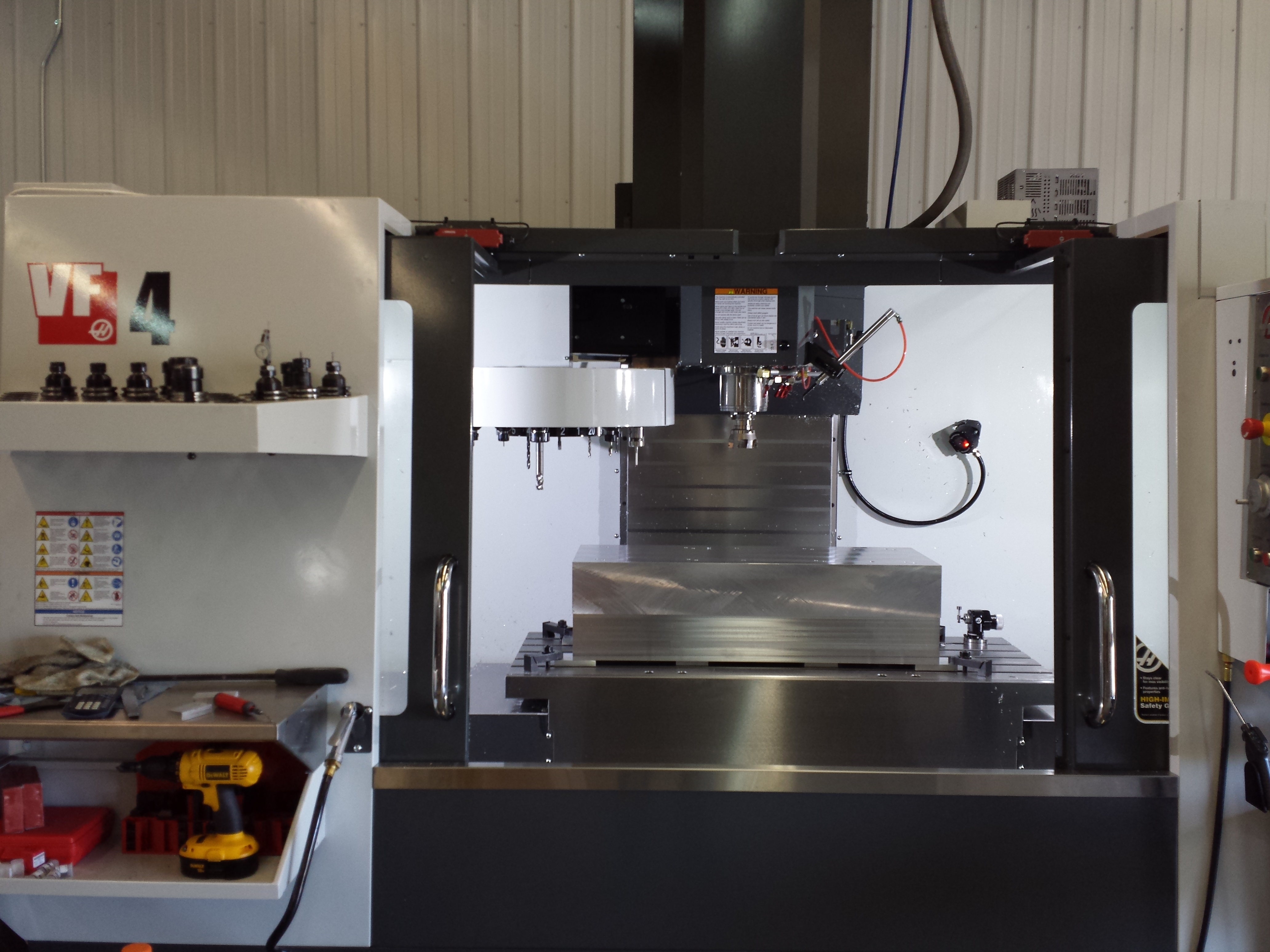 haas vf4 vertical milling center 2d 3d machining